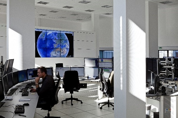 CLS operation center