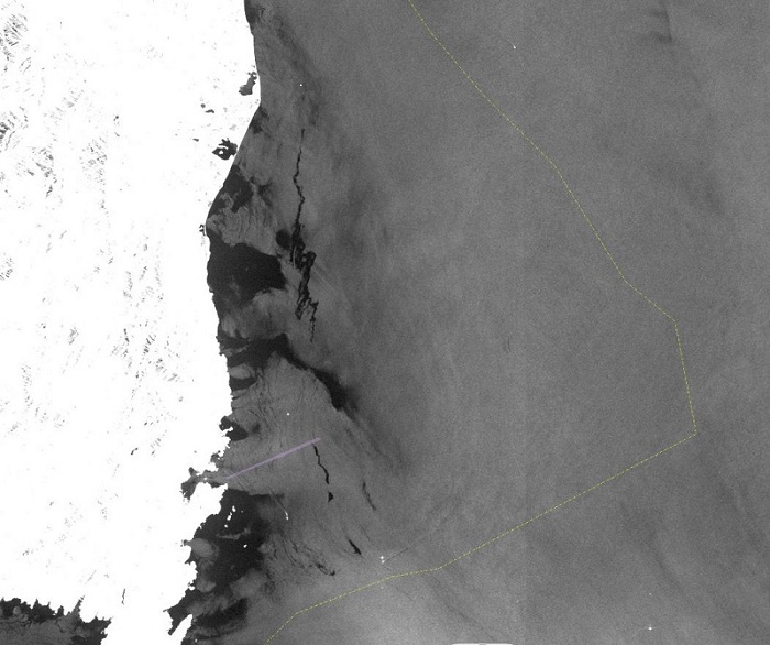 Radar image of the oil pollution near Corsica, France